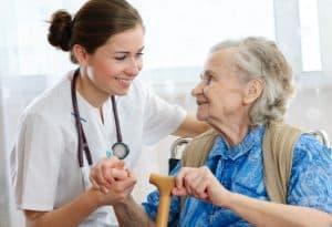 קורס עזרה ראשונה לצוותים הסיעודיים המטפלים בקשישים וחולים